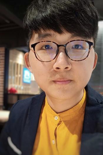 Headshot of Design Fellow, Shaoan Chiu.