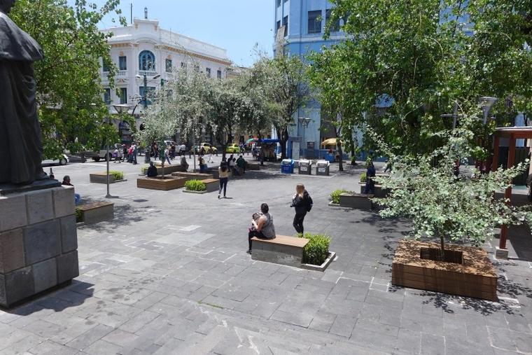 Contemporary Square in front of La Previsora.