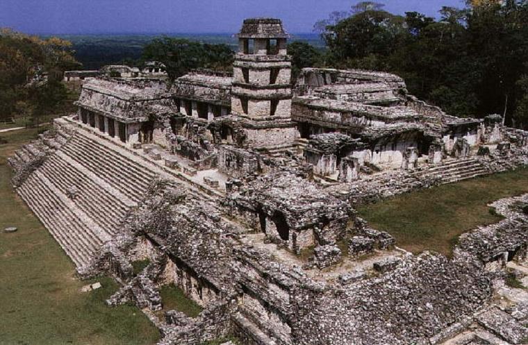 Large ruins of Mayan buildings