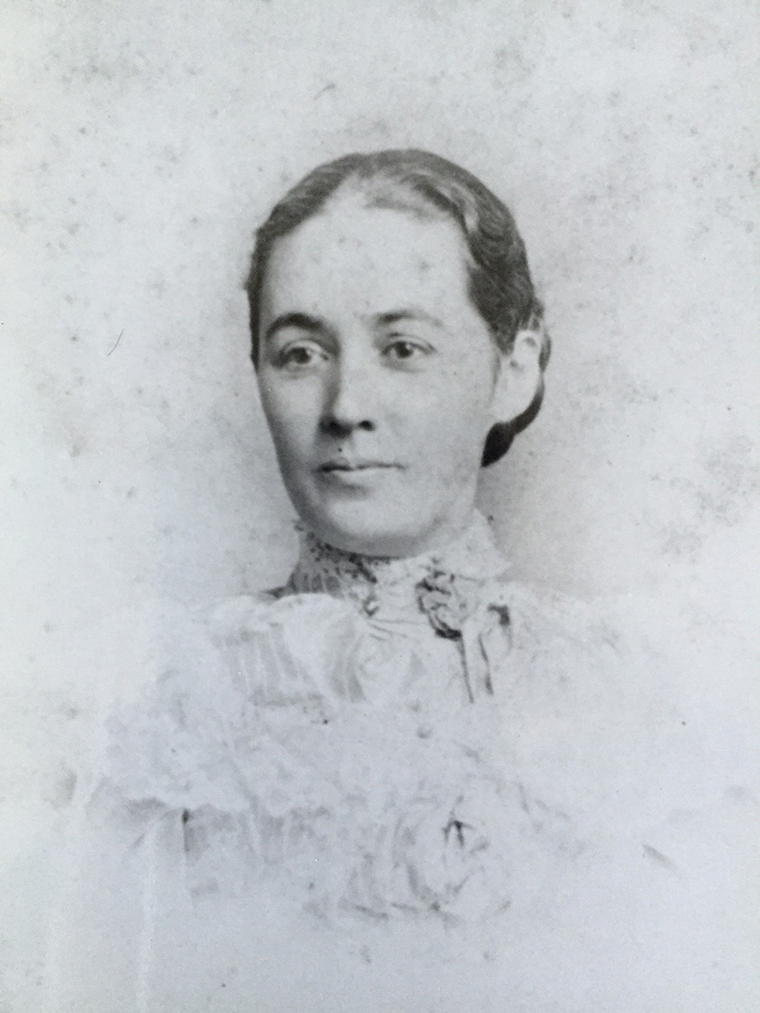 Black and white portrait of Minerva Parker Nichols