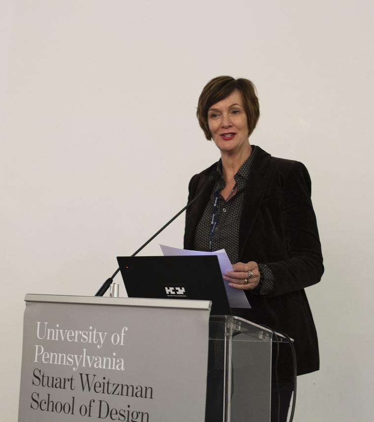 Winka Dubbeldam lecturing at podium
