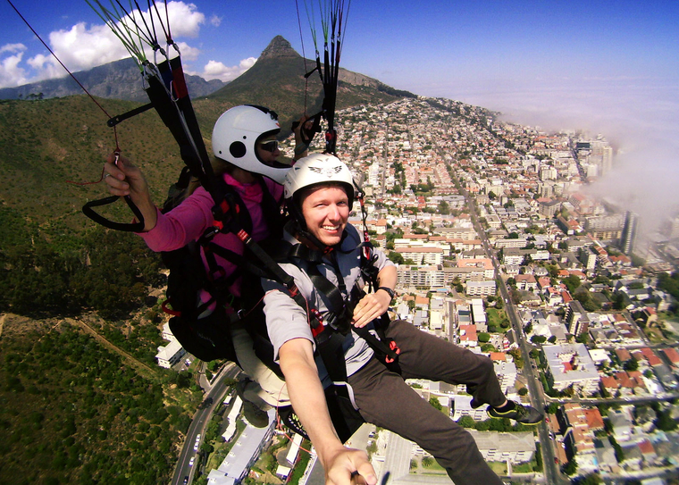 Thomas MacDonald paragliding in South Africa