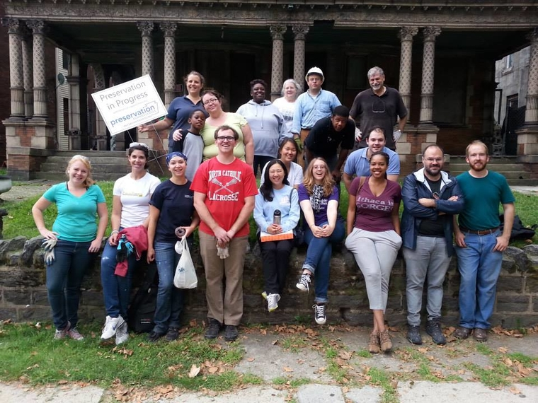 Volunteers on September 13 workday at the Conkling-Armstrong terra-cotta house