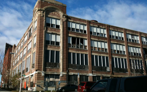 1500 Barclay Street, Baltimore before being rehabilitated through the receivership process. (Source: Ziger/Snead Architects)